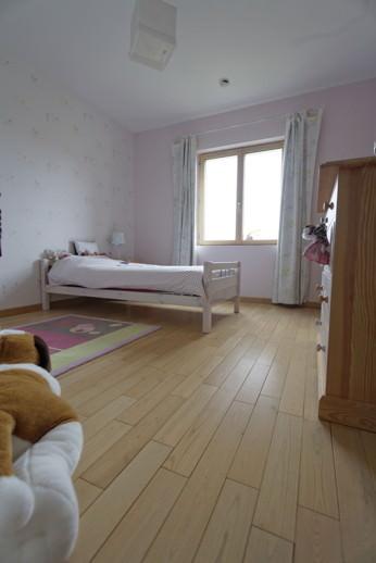 parquet ch taignier pose flottante ou coll finis vernis. Black Bedroom Furniture Sets. Home Design Ideas